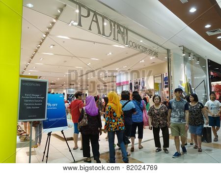 Customers Shop For New Cloths In Padini Shop In Johor Bahru, Malaysia