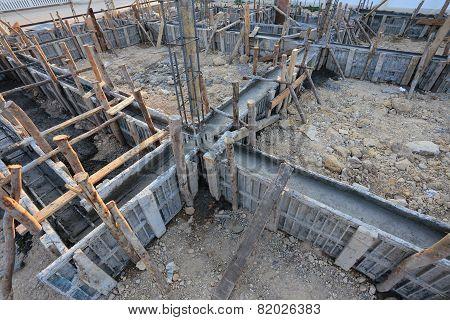 Construction House, Reinforcement Metal Framework For Concrete Pouring