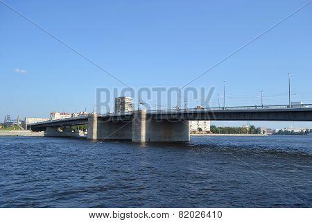 Volodarsky Bridge.