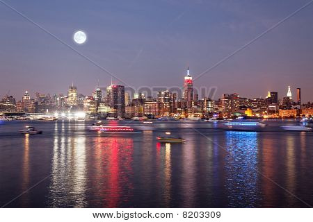 The Mid-town Manhattan Skyline