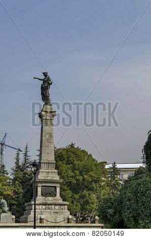 Monument in central garden in Ruse town