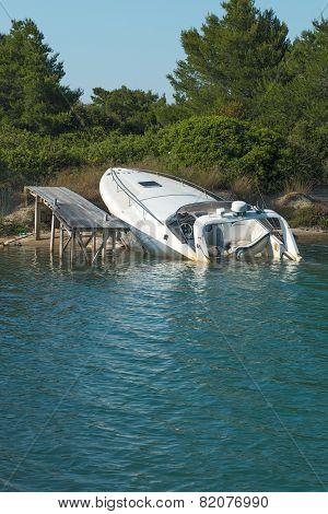 Sunk Speedboat
