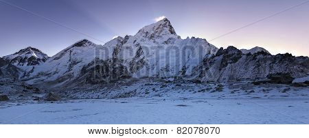 Everest Range