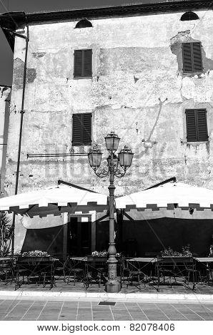 Pitigliano, Tuscany, old city. Black and white photo
