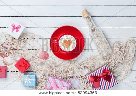 Cup And Gift Box With Net And Bottle