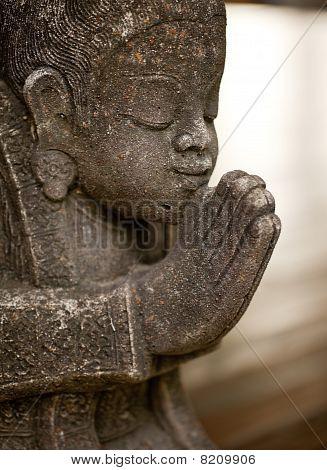 Sawasdee Statue