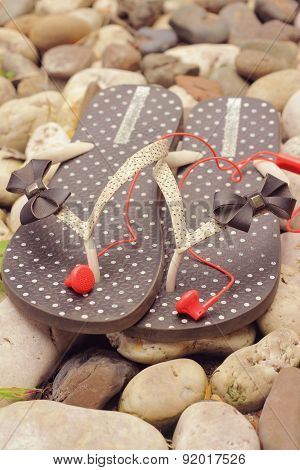 Rubber Flip-flops With Earphone