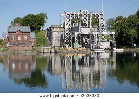 Canal Du Centre - Thieu