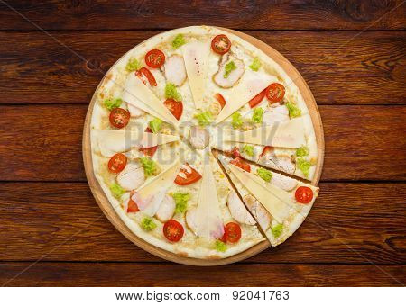 Delicious Pizza With Chicken - Caesar Style