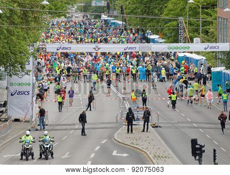 The Runners Waiting For The Start Signal