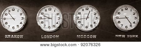 Clocks - Time Zone