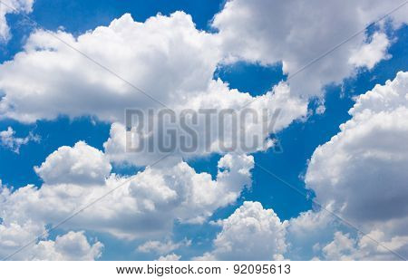 The blue sky has many clouds