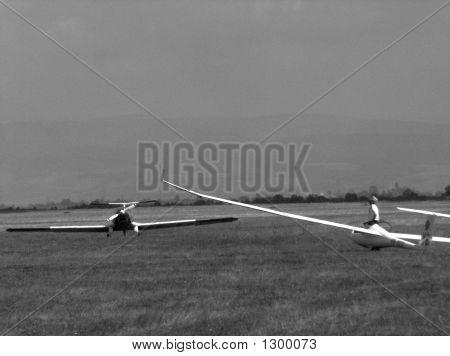 Aeroplane At Horizont