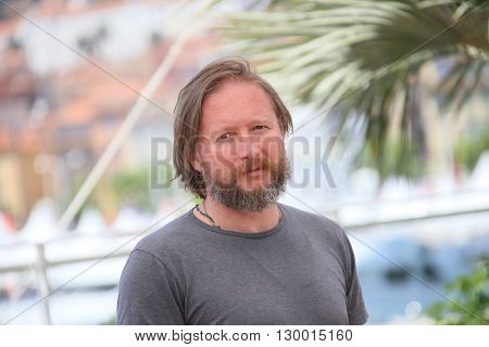 David Mackenzie attends the 'Hell Or High Water' Photocall during the 69th annual Cannes Film Festival on May 16, 2016 in Cannes, France.