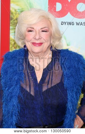 LOS ANGELES - MAY 16:  Renee Taylor at the The Do-Over Premiere Screening at the Regal 14 Theaters on May 16, 2016 in Los Angeles, CA