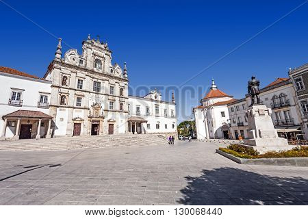Sa da Bandeira Square with a view of the Santarem See Cathedral aka Nossa Senhora da Conceicao Church, built in the 17th century Mannerist style. Portugal