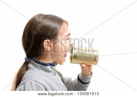 girl screaming in the phone built with the jar