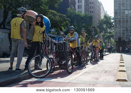 Sao Paulo - April 30, 2016 - The Bike Tour Reune Cyclists Of All Levels Participate In The Weekend E