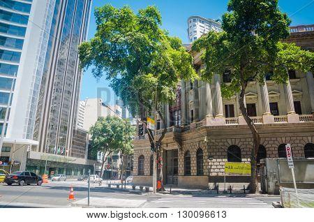 Rio De Janeiro, Brasil - March 06, 2016:  Streets Of Downtown At Rio Branco Avenue In Rio De Janeiro