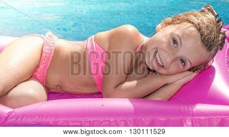 sea swim pool girl