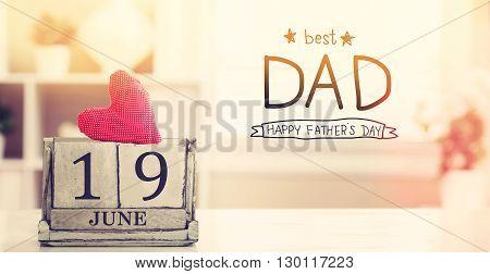 19 June Best Dad Message With Calendar
