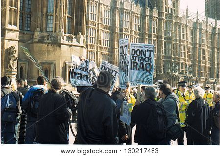 LONDON/UK-MARCH 15, 2003: Protesters at the Palace of Westminister for Iraq attack. March 15,2003