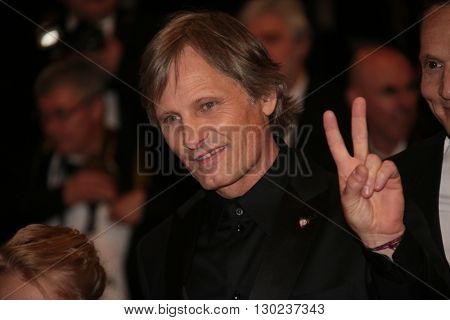 Actor Viggo Mortensen attends the 'Personal Shopper' premiere during the 69th annual Cannes Film Festival at the Palais des Festivals on May 17, 2016 in Cannes.