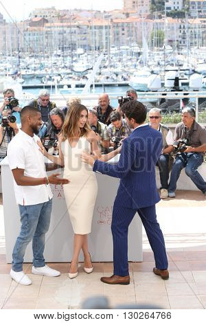 Usher, Ana de Armas, Edgar Ramirez  at the photocall for Hands Of Stone at the 69th Festival de Cannes. May 16, 2016  Cannes, France