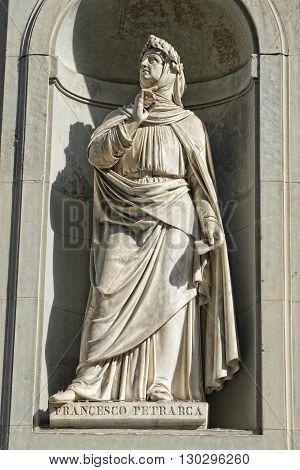 Florence Uffizi Statue Francesco Petrarca