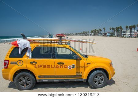 Los Angeles, Usa - August 5, 2014 - Lifeguard Yellow Car In Venice Beach Landscape