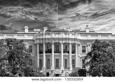 Washington White House In B&w
