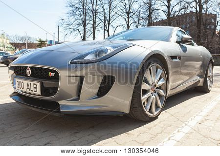 Jaguar F-type Coupe S, Close Up