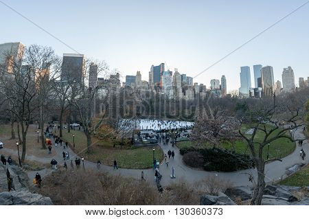 New York, Usa - December 11, 2011 - People Skating In Central Park Crowded Of People For Xmas