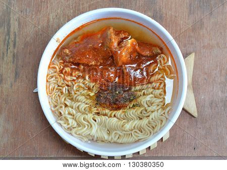 instant noodle with mackerel in ketchup can