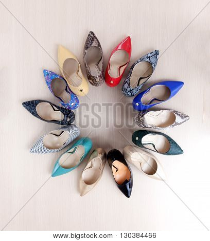 Many different high heels shoes for summer.