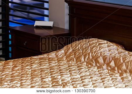 Golden Bed Clothes