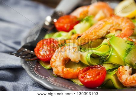 Prawns zucchini noodles and tomato - delicious healthy food