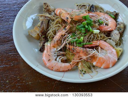 shrimp steamed with glass noodle on dish