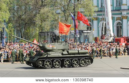 St. Petersburg, Russia - 9 May, T-34 tank on the victory celebration, 9 May, 2016. Festive military parade on the Palace Square in St. Petersburg.