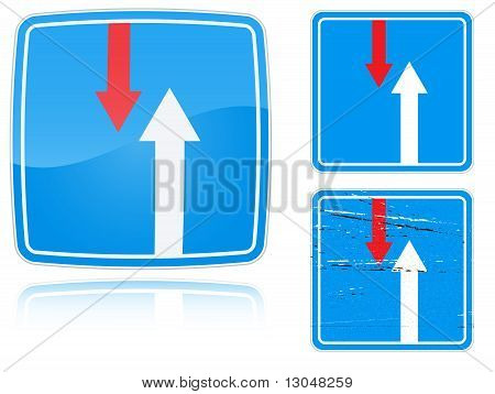 Variants Advantage Over Oncoming Traffic Road Sign