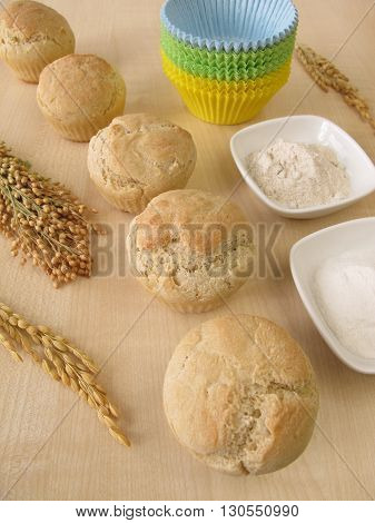 Bread muffins with spelt, millet and rice