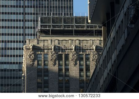 a picture of an exterior 1920's era city office building