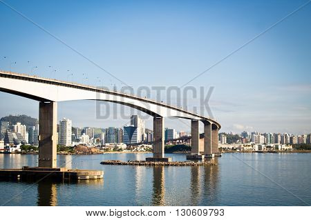 Bridge connecting the cities of Vila Velha and Vitória in Brazil