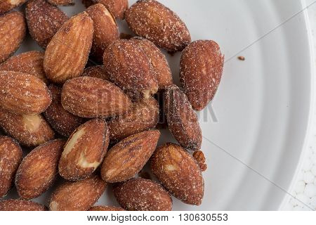 Almonds,Nuts almonds delicious,Nuts, almonds and sprinkle salt.Almonds, baked beans,Nuts, almonds, salt and baking.,Nuts, almonds, hors d'oeuvres
