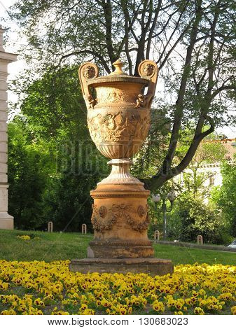nice old sculpture shaped like a goblet