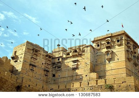 fort sky cloudy birds flying beautiful view jaisalmer fort