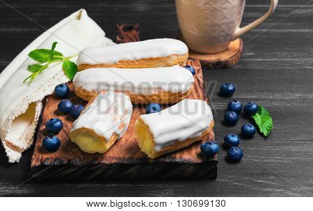 Cakes French Eclairs