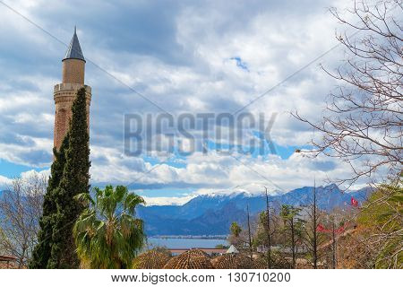 Minaret By The Mountains