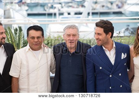 Jonathan Jakubowicz, Roberto Duran, Robert De Niro, Edgar Ramirez, Ana de Armas, Usher  at the photocall for Hands Of Stone at the 69th Festival de Cannes. May 16, 2016  Cannes, France