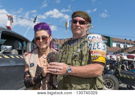 Post-apocalyptic Survival Costume Couple